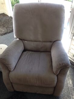 Natuzzi Electric massage chair Newport Pittwater Area Preview