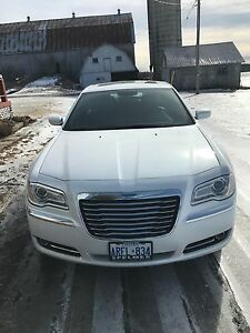 2014 CHRYSLER 300 LIMITED EDITION