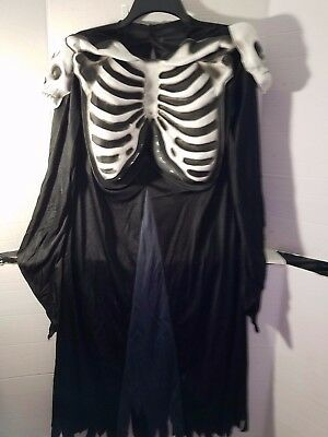 Child Amscan Black and Silver skull  Halloween costume 8-10 Unisex