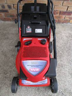 ROVER SERVICED 4 STROKE,LIKE NEW LAWN MOWER.CATCHER!