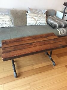 AUTHENTIC RECLAIMED WOOD COFFEE TABLE  INDUSTRIAL PIPE VINTAGE