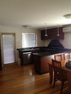 3 bedroom house Strathfieldsaye