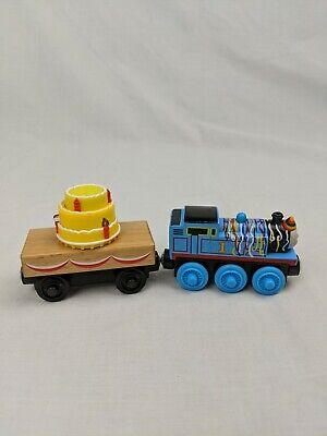 Thomas & Friends Wooden Railway Birthday Thomas & Cake Cargo Car Music & Lights