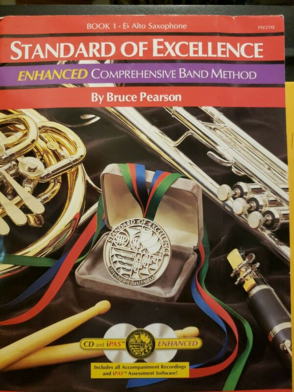 Standard of Excellence E flat Alto Saxophone Lesson Method Book 1 with 2 CDs