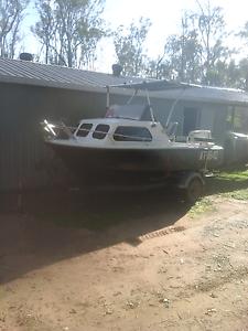 16 ft half cabin Maryborough Fraser Coast Preview