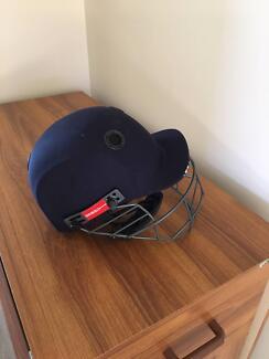 Junior Cricket Bag and Gear