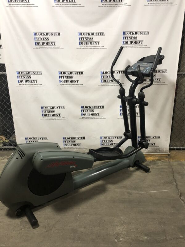 Life Fitness 9100 Dove Tail Elliptical Crosstrainer - SHIPPING NOT INCLUDED