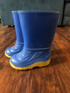 Size 5 Toddler Rubber Boots & Converse Shark Sneakers