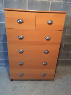 CHEST OF DRAWERS VGC