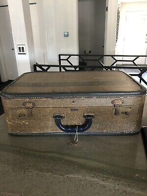 Rare Vintage Indestructo Mid Century Modern One Owner Suitcase Trunk Key 1940's