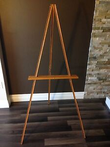 Studio Easel. Solid Wood. Great Condition.