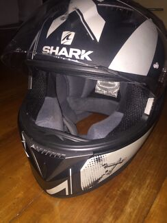 Shark S700 Helmet Turrella Rockdale Area Preview