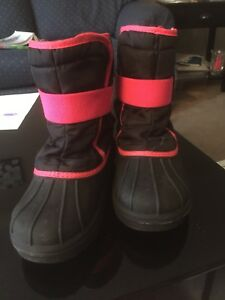 Snow boot size 13