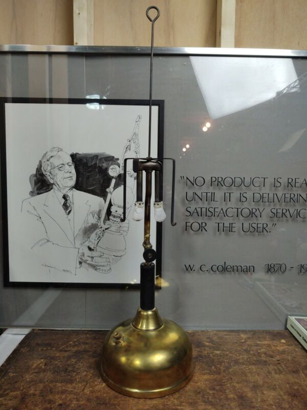 Antique 1925 COLEMAN Model CQ Quick Lite Table Lamp Dual Burner Wichita KS Works