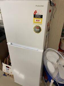 Sofa & fridge & washing machine & 2 free
