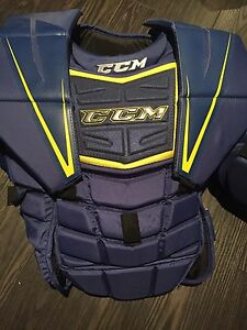 CCM chest protector Intermediate - perfect. ( L/XL )