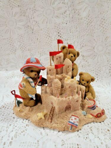 2007 Cherished Teddies Club Exclusive Connie Jim & Eric CT0083 Beach Sand Castle