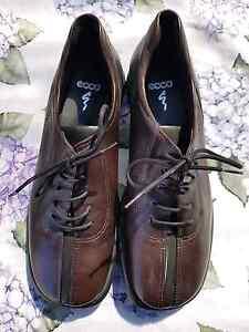 ECCO Ladies Lace up Shoes - US5  Dark Brown Excellent condition Bathurst Bathurst City Preview