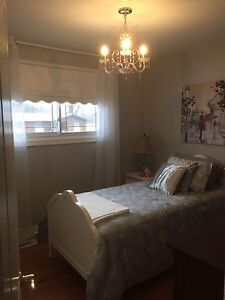Room for rent - female student welcome