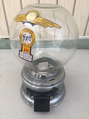 VINTAGE ANTIQUE FORD GUMBALL MACHINE IN NICE WORKING ORDER No Key