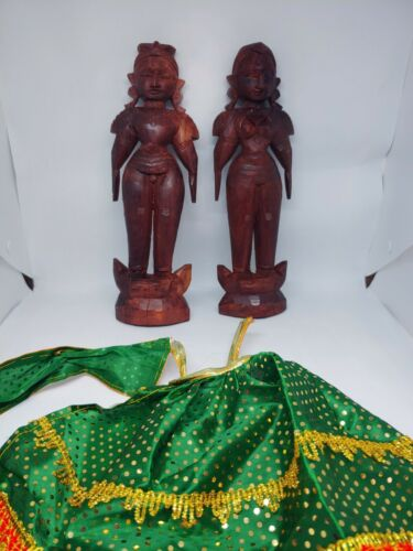 Fine Old Pair Antique India Pair VTG India Red Wood Carving 10""