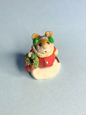 WEE FOREST FOLK M-087 1982 HOLLY MOUSE