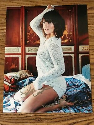 Scout Taylor-Compton Autographed 11x14 Photo Halloween Laurie Strode The Runaway