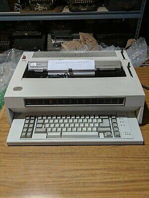 Ibm Wheelwriter 6 Series Ii Electronic Typewriter - Works Great