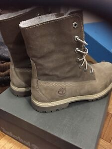 Timberland leather boots women size 9
