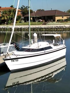 Macgregor 26x 2002 sail boat