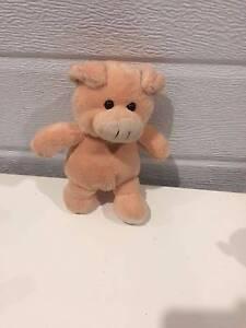 Pig Toy (Item No. 476) Pakenham Cardinia Area Preview