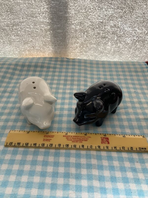 BLACK AND WHITE PIG SALT AND PEPPER SHAKERS