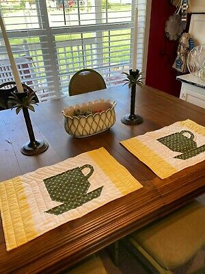 Set of 2 Hand Machine Quilted Yellow and Green Tea Coffee Cup Placemats     L Machine Quilted Placemat