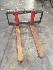 Forklift Attachment-Retractable Tynes and Side Shift Fairfield East Fairfield Area Preview