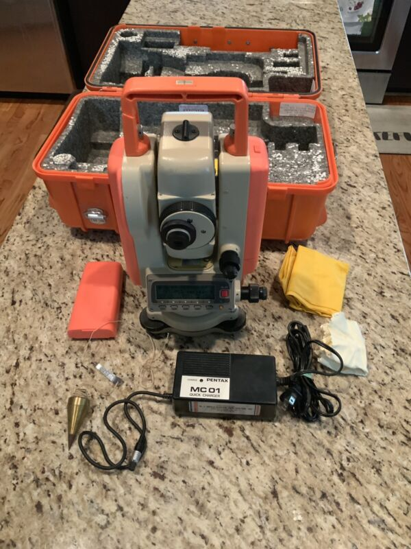 Pentax PCS-215 Total Station, With Charger, and Case.