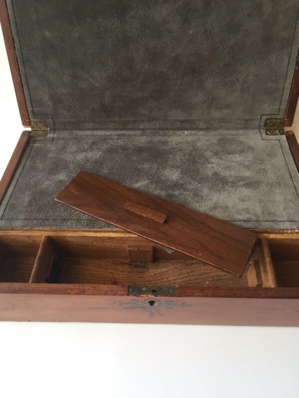 "Writing  Desk ""Captain's Box"", circa 1800"