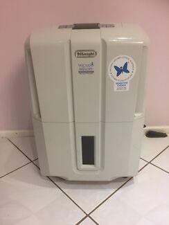 DeLonghi Dehumidifier 30L Compact
