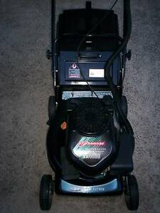 EXCELLENT 4 STROKE LAWN MOWER,CATCHER! Runcorn Brisbane South West Preview