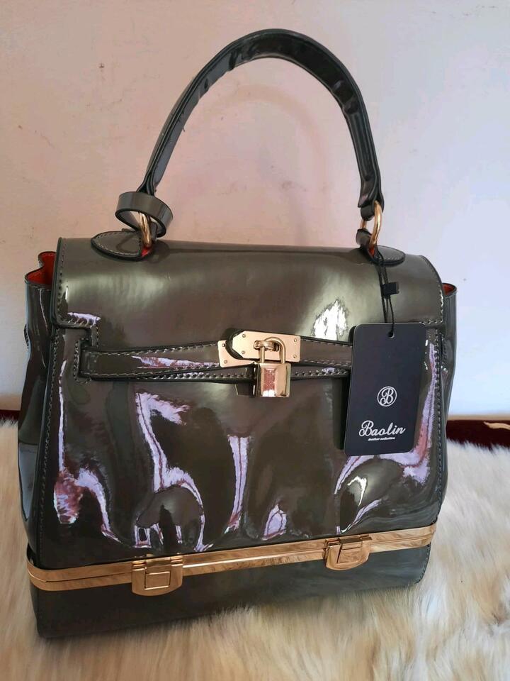 Damen Handtaschen, Leder, Neu, Umhängetasche, Shopper in Groß-Gerau