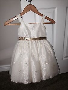 Flower girl dress size 4/5
