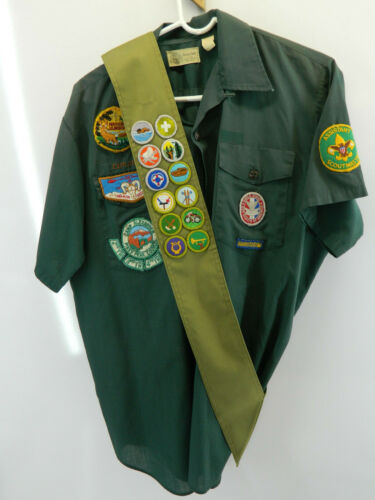 Boy Scouts Official Shirt Neck 16 Green w/ Sash Many Patches BSA Short Sleeve
