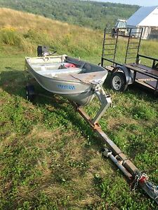 12 ft aluminum boat with 15hp 4-stroke