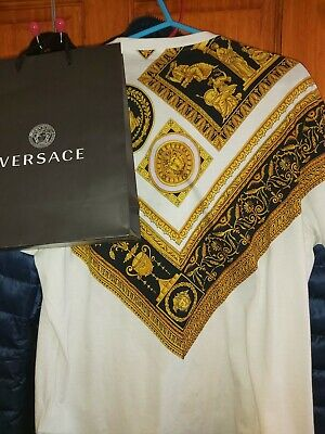 Authentic mens Versace t shirt medium