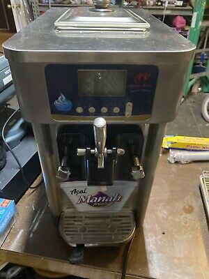 Soft Serve Ice Cream Machine Counter Top Used In A Very Good Condition
