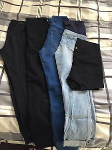 Lot of sm/med maternity clothes