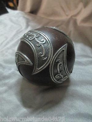 seltene Holzkugel mit filigraner Metallverarbeitung feine Handarbeit um 1880 (2)