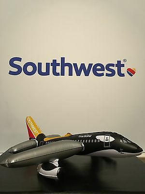 Southwest Airlines Shamu One inflatable Boeing 737 aircraft