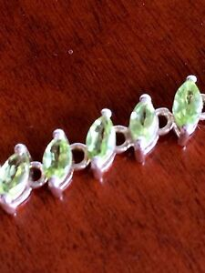 Gorgeous peridot silver necklace