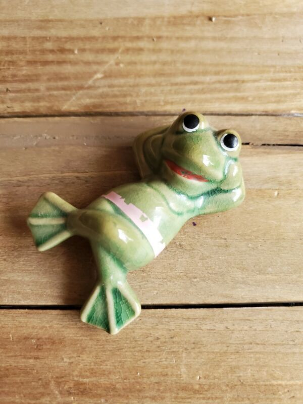Ceramic Laid Back Frog Figurine Vintage Figure 2.75""
