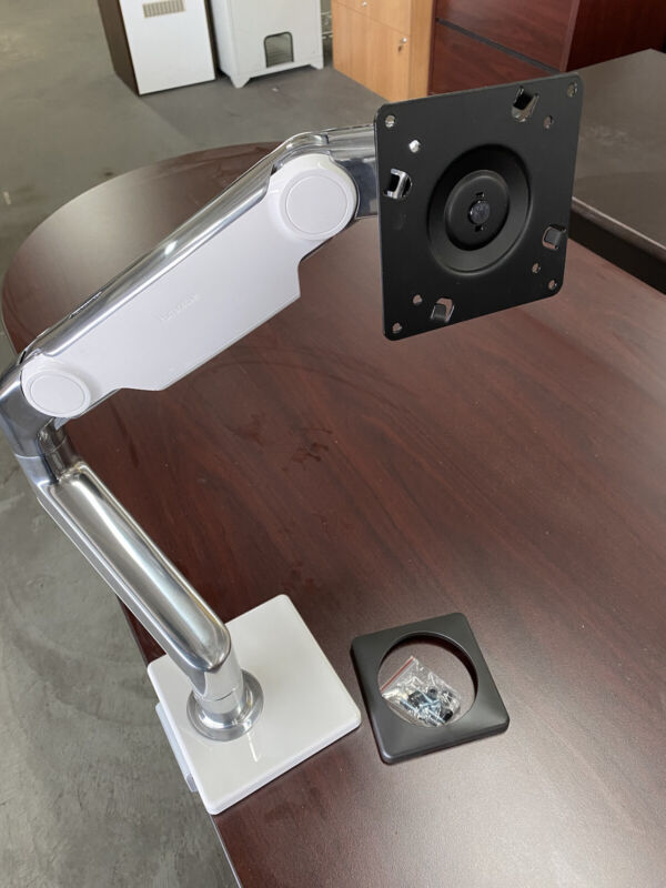 Humanscale M8.1 Single Articulating Monitor  Arm.  Chrome With White Trim